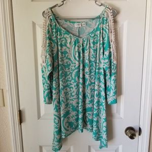 CATO Cold Shoulder Blouse Woman's Size 18/20W Top